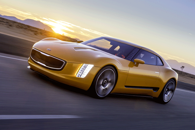 Kia-GT4-Stinger-(action-2).png